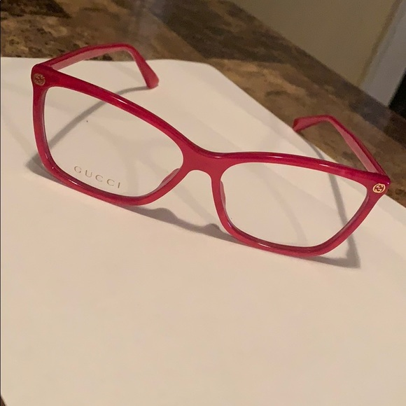 Gucci Glasses ( transparent red )